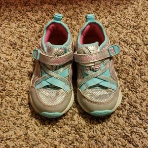 Girls Stride Rite shoes